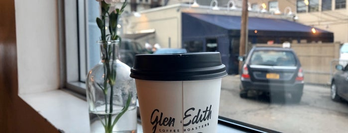 Glen Edith Coffee Roasters is one of Tempat yang Disukai Hannah.