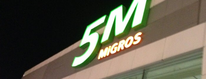 5M Migros is one of Locais curtidos por Ekrem.