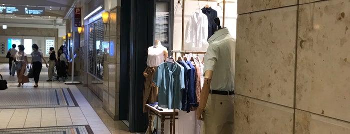 メーカーズシャツ鎌倉 is one of benさんの保存済みスポット.