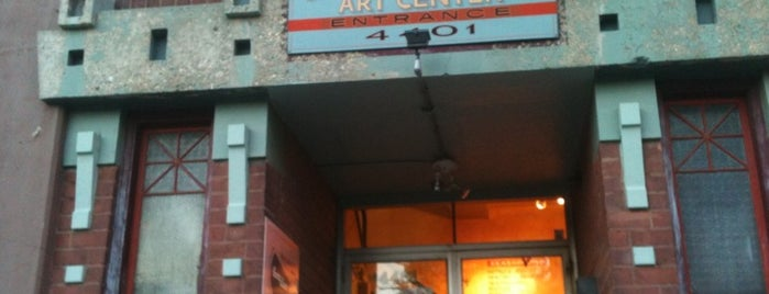 Lillstreet Art Center is one of Buy Local Guide: Chicago's Indie Artisan Shops.