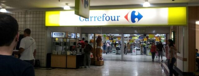 Carrefour is one of Lieux qui ont plu à M@Zenaide.