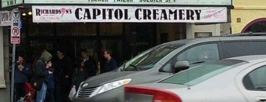 Capitol Theatre is one of Lieux qui ont plu à Stephen.