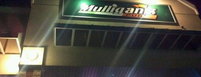 Mulligans is one of Cedar Rapids.