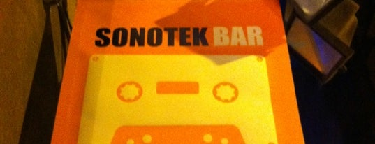 Sonotek Bar is one of Pubs de Barcelona.