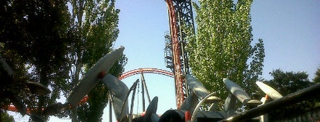 Parque de Atracciones de Madrid is one of 101 sitios que ver en Madrid antes de morir.