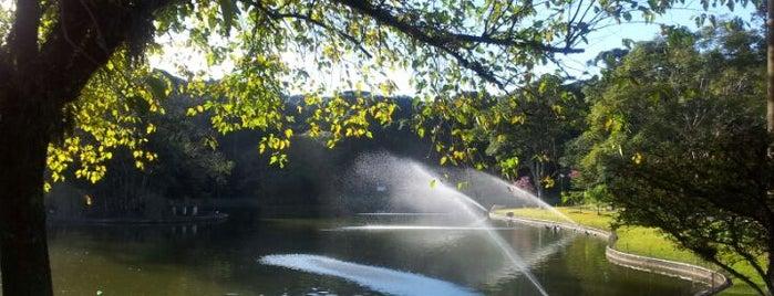 Parque dos Pinheiros is one of Minha lista.