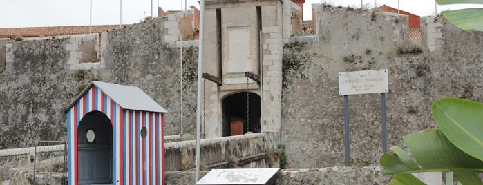 La Citadelle de Villefranche is one of FR2DAY's French Riviera Cultural Guide.