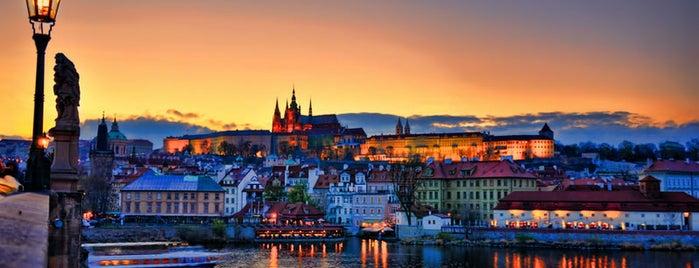 Castillo de Praga is one of Viaje a Praga.
