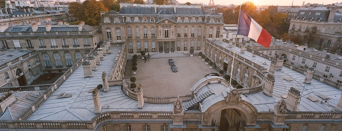 Palais de l'Élysée is one of Locais curtidos por Boris.