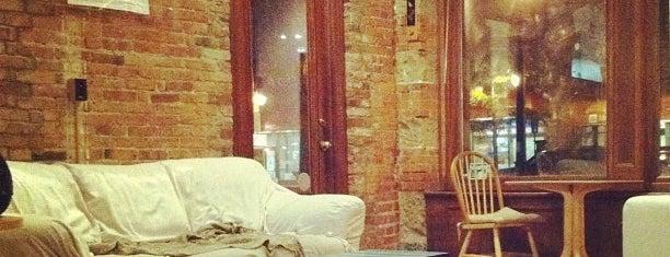 Roji Tea Lounge is one of Posti salvati di Jon.
