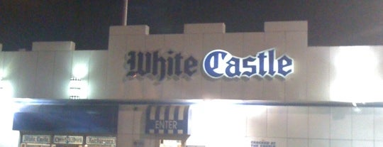 White Castle is one of Lieux qui ont plu à Dew.