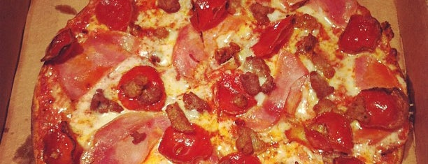 Naked Pizza is one of Jenny 님이 좋아한 장소.