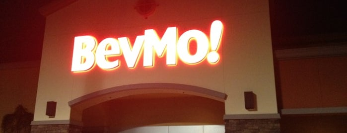 BevMo! is one of Sallyさんのお気に入りスポット.