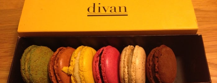 Divan Patisserie is one of Posti che sono piaciuti a Sedat.
