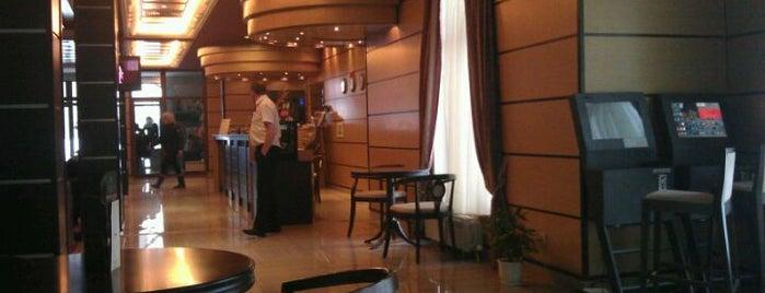 Borovets Hills Hotel is one of Tempat yang Disukai Zorata.