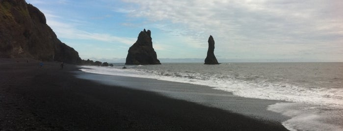 Reynisfjara is one of Locais salvos de Migue.