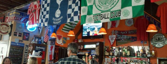Amsterdam Tavern is one of Pubs/Bars to watch Fulham FC in the United States.