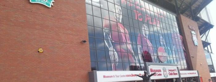 แอนฟีลด์ is one of Barclays Premier League Grounds & Stadiums 2013/14.