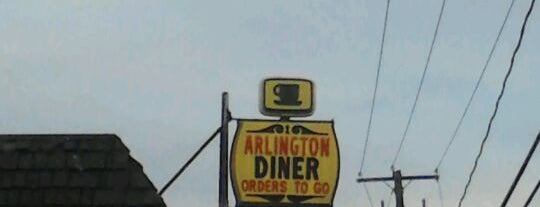 Arlington Diner is one of Locais salvos de Lizzie.