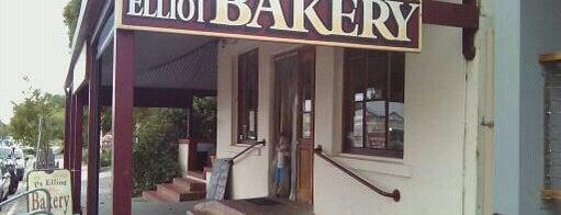 Port Elliot Bakery is one of สถานที่ที่ El Micho ถูกใจ.