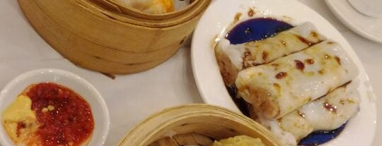 Golden Unicorn Restaurant 麒麟金閣 is one of Things i want to eat.