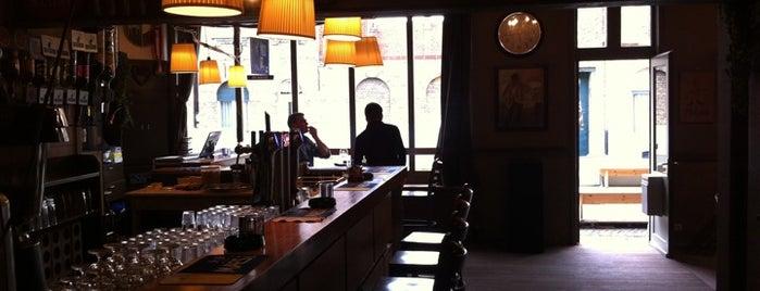 Sfeerkaffee Paljas is one of 50 aangenaamste terrassen van Ieper.