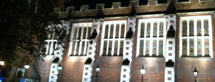 Middle Temple is one of Tired of London, Tired of Life (Jan-Jun).