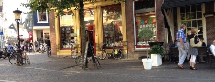 boekhandel Bijleveld is one of Librerías favoritas.