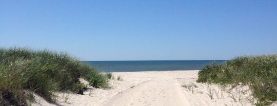 Southampton, NY is one of Hamptons.