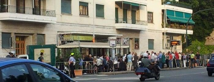 Caffè la Piazza is one of √ Best Cafès & Bars in Genova.