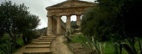 Tempio Di Segesta is one of Grand Tour de Sicilia.