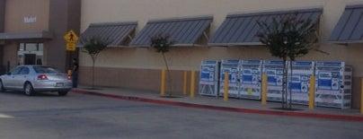 Walmart Neighborhood Market is one of Monnicaさんのお気に入りスポット.