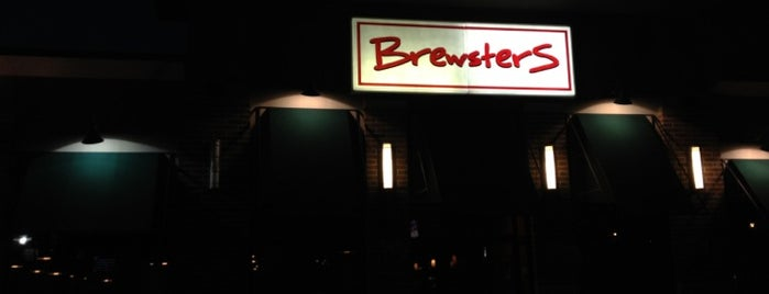 Brewsters Bistro and Pub is one of Karen 님이 좋아한 장소.