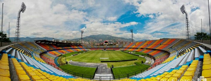 Estádio Atanasio Girardot is one of Locais curtidos por Jhalyv.