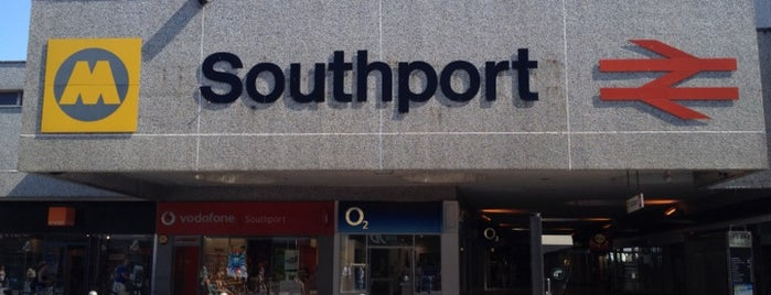 Southport Railway Station (SOP) is one of Lugares favoritos de Barry.