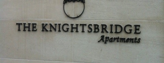 The Knightsbridge Apartments is one of Locais curtidos por Tanay.