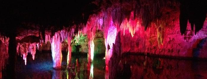 Meramec Caverns is one of Best places to visit in St. Louis, MO  #visitUS.