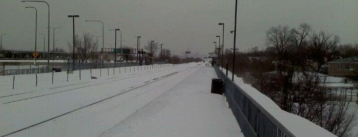 Metra - Irving Park is one of David : понравившиеся места.