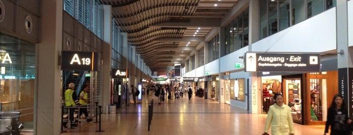 함부르크 공항 헬무트 슈미트 (HAM) is one of International Airport Lists (2).