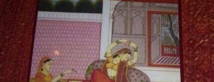 Guru Palace is one of Lugares favoritos de John.