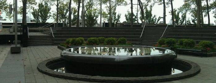 Vietnam Veterans Memorial Plaza is one of Guide to New York's best spots.