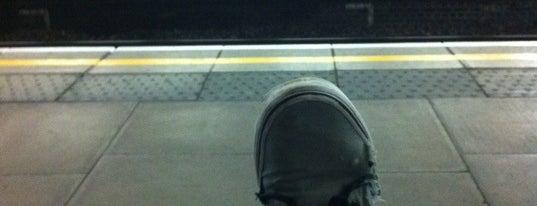 Ladbroke Grove London Underground Station is one of Underground Stations in London.