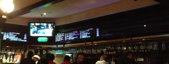 Harvester's Traditional Pub is one of Lugares favoritos de Giorgos.