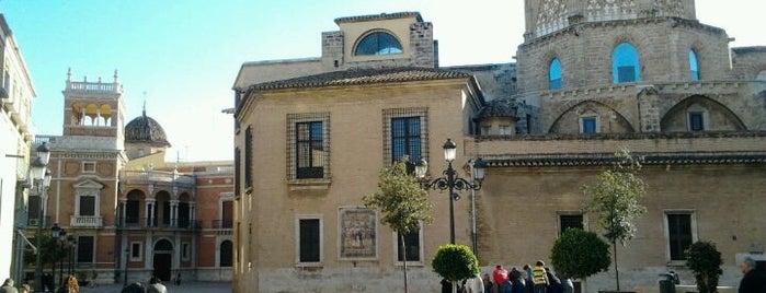 Plaça de l'Almoïna is one of VALENCIA.