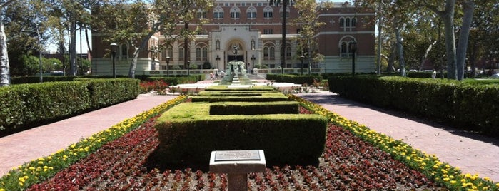University of Southern California is one of Meus lugares.