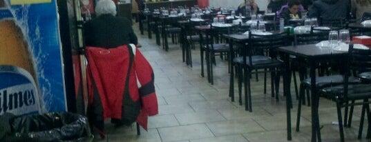 Q! Pizza is one of สถานที่ที่ Juntando Millas ถูกใจ.