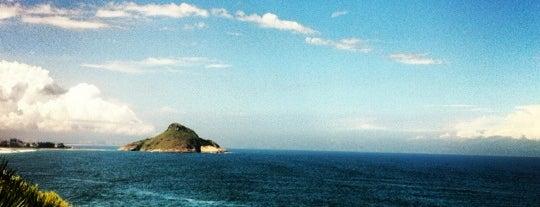 Praia da Reserva is one of Os 10 melhores picos de surf do Rio de Janeiro.