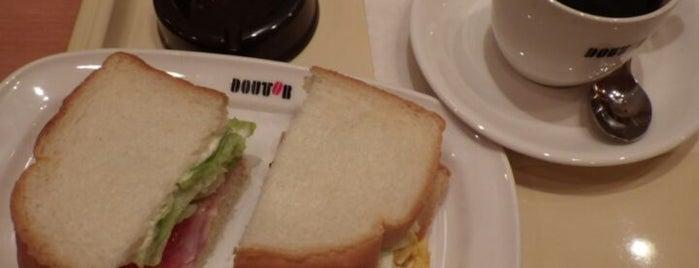 ドトールコーヒーショップ 石川町北口店 is one of Eijiさんの保存済みスポット.