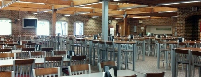 Fountain Dining Hall is one of Explore NCSU.