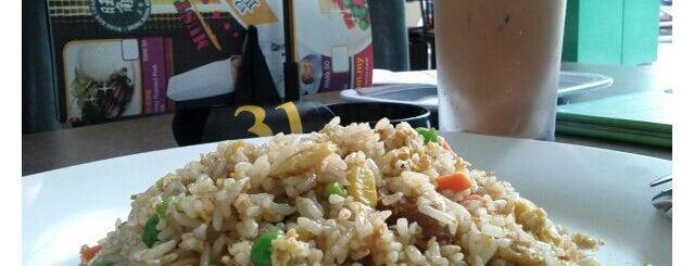 Wong Kok Char Chan Teng (旺角茶餐厅) is one of Yummies.